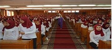 زيارة الاستاذ الدكتور/ رئيس الجامعة للكلية لتفقد سير العملية التعليمية