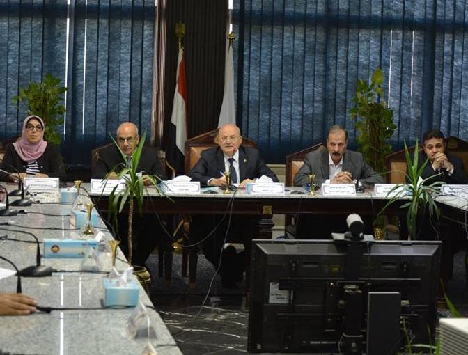 مجلس جامعة الزقازيق يقر التحول للتصحيح الإلكترونى اعتبارا من العام القادم