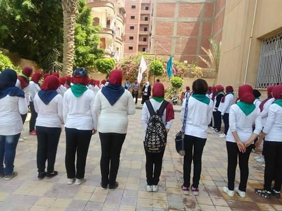 المعسكر التدريبى التاسع لطالبات الفرقة الاولى على مهارات حركة المرشدات  4/5/2017